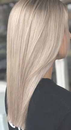 Medium, Beachy Waves with Ombre Highlights - 40 On-Trend Balayage Short Hair Looks - The Trending Hairstyle Blonde Hair Looks, Blonde Wig, Medium Blonde Hair Color, Frontal Hairstyles, Wig Hairstyles, One Length Hair, Armpit Length Hair, Mid Length, Hair Colorful
