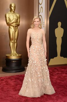 Cate Blanchett setting the biggest color trend of the night in a muted Armani gown! #Oscars