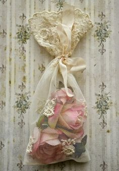 Pretty exquisitely scented Rose sachet!
