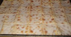 This is a favorite dessert in the Mackrory family. 1 packet Saltine crackers 1 can condensed milk 3 cans (u. Custard Recipes, Milk Recipes, Tart Recipes, Pudding Recipes, Sweet Recipes, Snack Recipes, Dessert Recipes, Cooking Recipes, Pudding Desserts