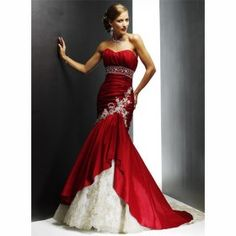 I definitely want a black and white, red and white, or black and red dress. This dress highlights the kind of contrast I would favour. The embroidery at the top of the tail is amazing. Would replace the empire waistline with a drop waist.