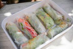 L'été on a envie de manger les choses frais n'est pas? :) Rouleaux de printemps sont idéals pour changer de la salade ainsi que pour remplacer les sendvichs.. Vous y mettez les légumes …