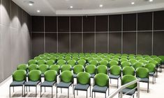 Aluglass Bautech's Variflex® Mobile Acoustic Partition is a perfect example of a practical solution for the North West Province Legislature, where important assemblies are held. Some assemblies or meetings need a large space to accommodate the many people and some meetings need less space for fewer people.