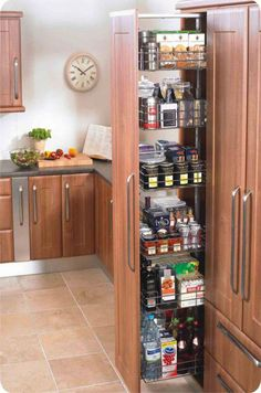 Creative Farmhouse Kitchen Storages & 40 Great Ideas for Inspirations – Best Home Decorating Ideas Kitchen Larder, Kitchen Units, Kitchen Cupboards, New Kitchen, Kitchen Decor, Kitchen Cabinet Organization, Kitchen Storage, Cabinet Organizers, Cabinet Closet