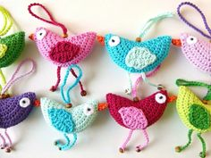 Crochet Easter decorations - make original decorations for Easter, Crochet Birds, Easter Crochet, Crochet Motif, Crochet Patterns, Halloween Toys, Decoration Originale, Crochet Decoration, Bird Ornaments, Easter Colors