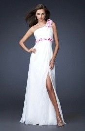 Sherri Hill designer dresses are the favorite designer gowns for many of today's hot young television and film stars. Find out why her hip and stylish prom dresses, beauty pageant dresses and couture dresses are the choice of young Hollywood. Beauty Pageant Dresses, Prom Dresses Online, Cheap Prom Dresses, Homecoming Dresses, Wedding Dresses, Bridesmaid Dresses, Ceremony Dresses, Prom Gowns, Dress Online