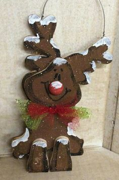 44 Adorable Wood Christmas Crafts Ideas - Happy Christmas - Noel 2020 ideas-Happy New Year-Christmas Christmas Wood Crafts, Rustic Christmas, Christmas Projects, Holiday Crafts, Christmas Time, Christmas Decorations, Christmas Ornaments, Wood Reindeer, Reindeer Craft