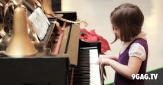 """You Are Never Playing On Your Own With This """"Magical"""" Piano 