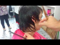 Corte feminino curto, desfiado, moderno e sem volumes.\ Feminine cut short shredded and modern. - YouTube