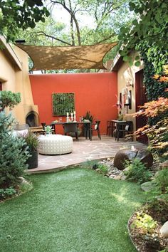 47+ Fascinating Small Backyard Landscape Designs for your garden - Home Decor Small Backyard Landscaping, Small Patio, Landscaping Ideas, Backyard Ideas, Recycled Garden Art, Vegetable Garden Design, Unique Gardens, Garden Spaces, Outdoor Gardens
