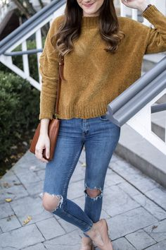 Chenille Sweater | Fall Style | Brown Sweater Outfit | Casual Fall Style | Sweater Weather | Nude Flats for Fall | Thanksgiving Outfit | Holiday Outfit Inspiration | What to Wear for Thanksgiving | Casual Thanksgiving Outfit