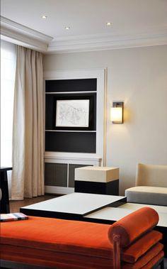 Living room in a Parisian apartment designed by Frédéric Sicard. Photo by Hervé Goluza.