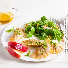 Ravioli of Pink Lady® Apples with duck confit & crunchy arugula