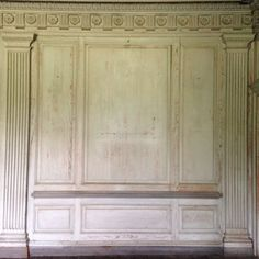 In Drayton Hall's Great Hall, the Doric order is executed at its highest level. The walls are ornamented with fluted pilasters topped with Doric capitals detailed with egg and dart molding. Classical Architecture, Architecture Details, Interior Architecture, Interior Design, Wainscoting Styles, Richmond Hill, Cornice, Decoration, Furniture Design