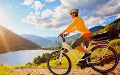"""Das E-Bike - Nicht nur für ältere Anwender: Das E-Bike ist zwar noch nicht sehr lange auf dem Markt. Trotzdem hat es sich mittlerweile etabliert und ist nicht mehr wegzudenken. Doch für wen ist das E-Bike eigentlich geeignet? Tatsächlich nur für ältere Mitbürger, für die das Fahren eines """"normalen"""" Fahrrades bereits zu schwer ist? Lesen Sie hier mehr. Sport, Alter, Motorcycle, Bike, Vehicles, Bicycle, Reading, Deporte, Sports"""