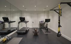 Urban Classic Chicago Home: Home Gym Urban Classic Home Home Gym Basement, Home Gym Garage, Diy Home Gym, Basement Remodel Diy, Gym Room At Home, Home Gym Decor, Workout Room Decor, Workout Room Home, Workout Rooms