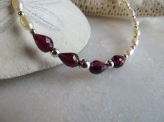 Faceted teardrop garnet bracelet Pearl bracelet by Inspiredby10