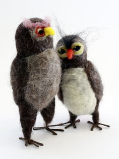 Owl felting class with TheFeltedGnomeKnows on Saturday October 3 at the Birds of Vermont Museum, Huntington Vermont Needle Felted Owls Cake Image is of Topper Wedding by TheFeltedGnomeKnows (Etsy)