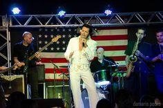 Rogério Cordoni, o Elvis Presley brasileiro: http://www.resenhando.com/2014/09/rogerio-cordoni-saiba-tudo-do-nosso.html