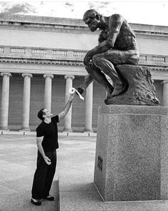 """Robin Williams and """"Le Penseur"""" (""""The Thinker"""") sculpture by Auguste Rodin. Photo by and copyright Arthur Grace, courtesy Sotheby's. via Monica Bragagnoli Auguste Rodin, Memes Br, Funny Memes, Hilarious, Funny Quotes, Rodin The Thinker, Statue En Bronze, Legion Of Honour, Make Me Smile"""