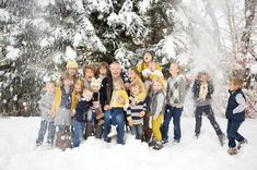 Sara B Photography: Sansom Grandkids - Cottonwood Heights, Utah Extended Family Pictures, Winter Family Pictures, Family Pictures What To Wear, Christmas Pictures Outfits, Large Family Photos, Outdoor Family Photos, Family Pics, Big Family, Family Photo Colors