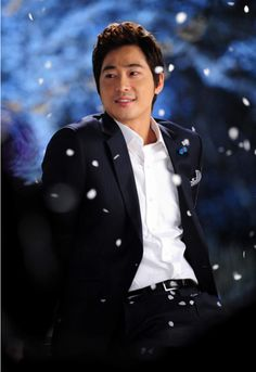 Profil Kang Ji Hwan Name: 강지환 / Kang Ji Hwan Real name: 조태규 / Jo Tae Kyu (Cho Tae Gyu) Profession: Actor Birthdate: 1977-Mar-20 Height: 184cm Weight: 73kg Star sign: Pisces Blood type: B Kang Ji Hw…