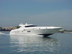 Ab Yachts - http://boatsforsalex.com/ab-yachts/ -                              US$ 544,572  Year: 2001Length: 75'Engine/Fuel Type: TwinLocated In: FL, United StatesHull Material: CompositeYW#: 79614-2726102Current Price: EUR  420,000 (US$ 544,572)  Incredible Yacht AB 75 2001, 3 cabins, 2x1850 hp Deutz, only 595 hours ...