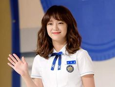 """Kim Sejeong Talks About Her """"School Acting Debut Kdrama, Age Of Youth, Drama School, Kim Sejeong, Korean Drama Movies, School 2017, Asian Makeup, Ioi, Illustration Girl"""