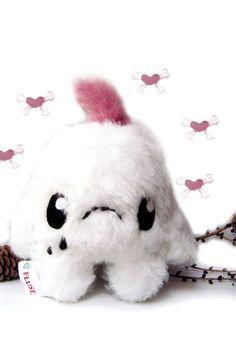 http://de.dawanda.com/product/36848657-Fluse-Kleines-Kawaii-Plush-Kuschel-Monster#product_gallery