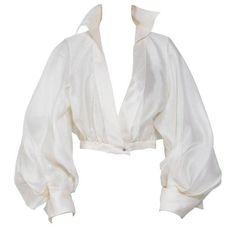 Look Fashion, Fashion Outfits, Fashion Design, Gothic Fashion, Fashion Tips, White Silk Blouse, Drape Blouse, Silk Top, White Flowy Shirt