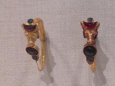 Earrings, metropolitan museum