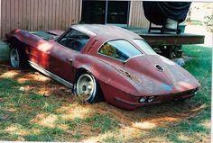 1963 Corvette Sting Ray stored behind a house / Corvette Tumblr