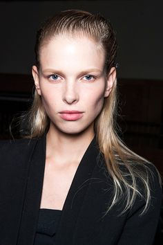 9 Go-To Trends, Upgraded For 2015 #refinery29  http://www.refinery29.com/new-beauty-trends-2015#slide-18  Now: Subtle Shading  Makeup artists staged a mini revolt against contouring during New York Fashion Week's spring 2015 shows. A bevy of artists sent models at shows like Proenza Schouler and Marc Jacobs down the runways with just moisturizer — nothing else. But, that doesn't mean you should ditch your contour kits quite yet: It's just that having a lighter hand is more of-the-moment. ...