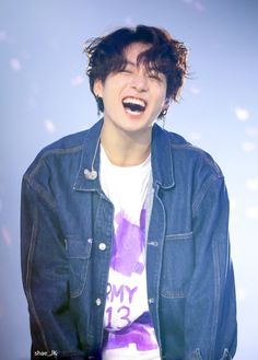 out of all the people, i 𝘩𝘢𝘥 to switch bodies with jungkook. switch taekook (pun intended) thank you for reading, my lovelies💗🧸 lower cap intended, if they're any mistakes, oh well started; Foto Jungkook, Foto Bts, Jungkook Smile, Kookie Bts, Jungkook Oppa, Bts Bangtan Boy, Bts Boys, Bts Jungkook Birthday, Jung Kook