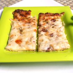Mom, What's For Dinner?: Cheesy Garlic Cauliflower Bread Sticks USING MINCED CAULIFLOWER AS THE CRUST! :)