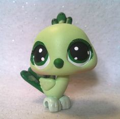 Medusa Pet Peacock Bird * OOAK Hand Painted Custom Littlest Pet Shop