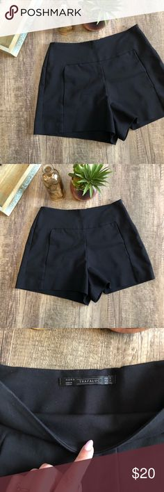 Zara Trafaluc Fitted Shorts Black fitted shorts  Has pockets  Stretchy material With a zipper on the side Zara Shorts