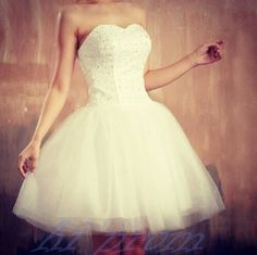 White Homecoming Dress,Short Prom Gown,Tulle Homecoming Gowns,Ball Gown Party Dress,Short Prom Dresses,Beaded Formal Dress For Teens
