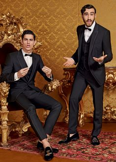 Discover the new Dolce & Gabbana Men's Eccentric tailoring Collection for Fall Winter 2016 2017 and get inspired.