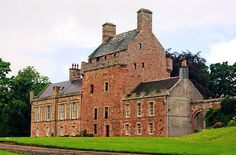 Bemersyde Castle -Dating back to 1535 as a peel tower, Bemersyde was bought by the British Government in 1921 and presented to Field-Marshal The 1st Earl Haig, the British Commander in World War I. The House is the seat of the chief of Clan Haig