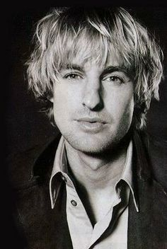 Owen Wilson (1968) was getting a salad at Whole Foods beside me, then ran into him again that night at Stubbs