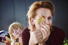 Thumbs up kaaskoekjes Brunch, Snacks, School, Winter, Seeds, Winter Time, Appetizers, Treats, Winter Fashion