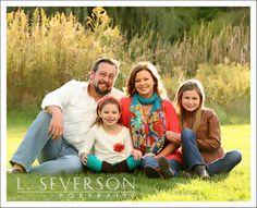 Family Portrait PHotography Indianapolis | Outdoor Family Photos | What to wear for family portrait