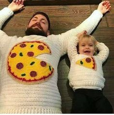 Amazing father-and-daughter pizza crocheted sweaters :-)
