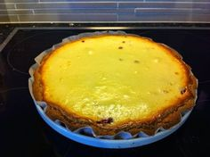 Liian hyvää: Mascarpone-puolukkapiirakka Sweet Recipes, Cake Recipes, Good Food, Yummy Food, Sweet Pie, Yams, Sweet Tooth, Food And Drink, Sweets