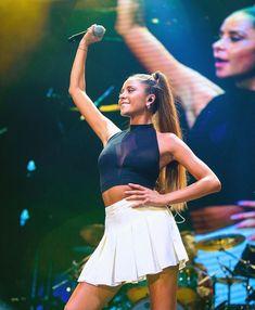 Camila Gallardo, Cheer Skirts, Long Hair Styles, Running, Celebrities, My Style, People, Outfits, Singers
