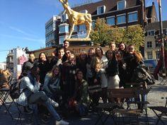 Rudi de Boer Filmeducatie met de tweedejaars Filmacteurs van Faaam/ Mediacollege Amsterdam. Samen  Korte Films kijken in Pathé Rembrandt tijdens het Nederlands Film Festival. Eerst een tussenstop voor het Gouden Kalf :)