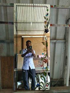 Glass Wall Art, Glass Door, Glass Etching Designs, Fancy Mirrors, Window Glass Design, Ganesha Tattoo, Rose Art, Floral Illustrations, Glass House