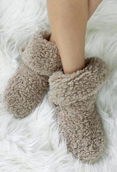 Super cozy, indoor fuzzy slipper socks with wooden horn button accents on side. Festival Accessories, Winter Accessories, Fluffy Socks, Comfy Socks, Fuzzy Slippers, Womens Slippers, Ladies Slippers, Getting Cozy, Lounge Wear