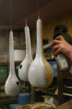 Trendy bird houses diy ideas gourds birdhouse ideas Trendy bird houses diy ideas gourds birdhouse id Gourds Birdhouse, Bird House Gourds, Birdhouse Ideas, Painted Birdhouses, Rustic Birdhouses, Diy And Crafts, Arts And Crafts, Weathered Paint, Bird Houses Diy